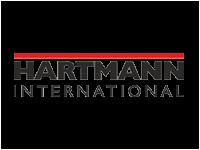 Hartmann International Mehrfarbig-Brust-Logo